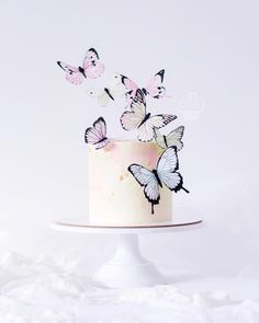 Butterfly Wedding Cake, Butterfly Birthday Cakes, Butterfly Party, Butterfly Cakes, Pretty Cakes, Beautiful Cakes, Amazing Cakes, Fondant Cupcakes, Cupcake Cakes