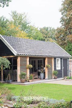 backyard shed ideas Backyard Sheds, Backyard Patio, Backyard Landscaping, Shed Design, Tiny House Design, Lounge Design, Outdoor Rooms, Outdoor Living, Garden Buildings