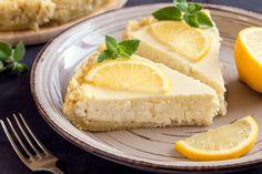 Ez a citromos túrótorta ,még sütni sem kell. Camembert Cheese, Frosting, Cheesecake, Sweets, Food, Pie, Flourless Cake, Just Bake, Bakeware