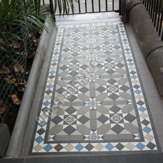 Olde English Tiles – Fitzroy pattern with the Norwood border. Hall Tiles, Tiled Hallway, Victorian Front Garden, Victorian Terrace, Victorian House, Porch Tile, Front Path, Hall Flooring, Outdoor Tiles