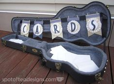 DIY Guitar Case Card Box: Think outside the box and use a sentimental object, like a guitar case, to hold cards at your Ideas festival DIY Guitar Case Card Box Card Table Wedding, Wedding Guest Book, Wedding Cards, Wedding Invitations, Diy Card Box, Card Boxes, Diy Box, Cards Diy, Birthday Party Table Decorations