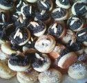 Svatební koláčky   NejRecept.cz Stuffed Mushrooms, Vegetables, Food, Stuff Mushrooms, Essen, Vegetable Recipes, Meals, Yemek, Veggies