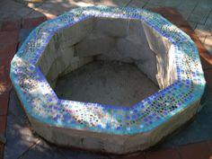 my first mosaic by secretagentkt, via Flickr   I could mosaic the top of my new fire pit but ohh so many tiles and work!!!!