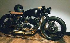 Klassik Kustoms — #Honda #Cb750four #caferacer #bratstyle