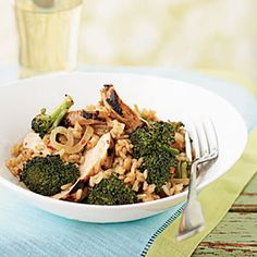 *Made: Broccoli and Chicken Stir-Fried Rice: I thought this turned out pretty nice. I didn't make it with the chicken (I made a pork dish instead). Nice way to work in those veggies