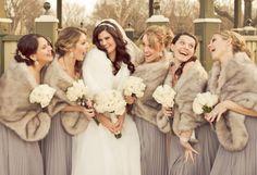 Sposarsi d'inverno? :: Il vestito e il coprispalle per la sposa d'inverno 2013