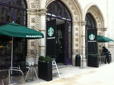 Starbucks - Everybody's favorite coffee shop has also conquered Business Travel, Lisbon, Coffee Shop, Starbucks, Most Beautiful, Shopping, Coffee Shops, Coffeehouse