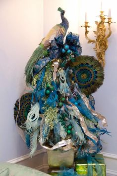 Peacock tree Create a Peacock Tree with Paper Feathers