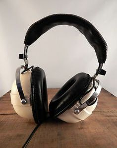 MY VINTAGE SENNHEISER HEADPHONES!! - AffroVlogs - youtubecom