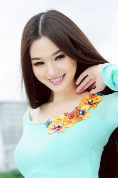 Tỏa Nắng | Tinh Khôi | Áo Dài Việt Nam - Tôn vinh vẻ đẹp Việ… | Flickr