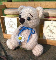 Elvesztetted a fonalat? Christmas Tree Ornaments, Knit Crochet, Teddy Bear, Sewing, Knitting, Diy, Animals, Amigurumi Minta, Home Decor