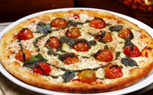 MASSA DE PIZZA INTEGRAL -Vigilantes do Peso Vigilante Do Peso, Pizza Integral, Light Diet, Pizza Recipes, Vegetable Pizza, Food Art, Sweet Recipes, Vegetarian, Favorite Recipes