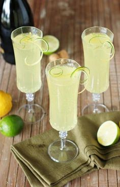 Sparkling Limoncello Cooler ~ A refreshing combination of fresh lime juice, Limoncello, & bubbly sparkling wine. The perfect summer cocktail!thekitchenism… Source by dirtdogslikes Limoncello Cocktails, Cocktails Vin, Cocktail Drinks, Cocktail Recipes, Margarita Recipes, Drink Recipes, Refreshing Drinks, Summer Drinks, Fun Drinks