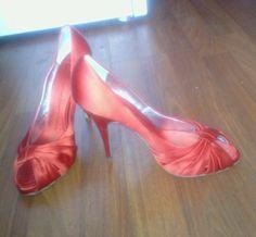 971748dc88 GIUSEPPE ZANOTTI SZ 39 heels RED satin pump US 9 peep toe VGUC shoes  women's #