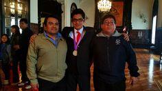 Presidente Ollanta Humala felicicita a nuestro Alumno Prologino Espinoza Palacios, Jimmy Axel por su excelente participación en la Olimpiada Internacional de Matematica - IMO 2015