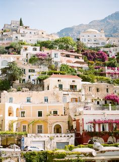 Hillside Homes in Positano Italy   photography by http://www.lesecretdaudrey.com