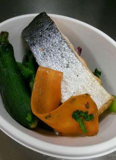 Saumon, tatsoi, courgettes, bimi et pois gourmands (plat sans gluten)