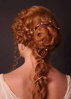 Renaissance Hair style from 2010 Students of Bayerisch Theater Akademie By Julia Kindsmüller Renaissance Hairstyles, Historical Hairstyles, Victorian Hairstyles, Vintage Hairstyles, Braided Hairstyles, Wedding Hairstyles, Fantasy Hairstyles, Gorgeous Hairstyles, Greek Hairstyles