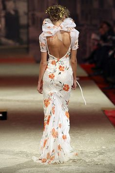 Christian Lacroix Haute Couture Spring-Summer 2006 | Flickr - Photo Sharing!