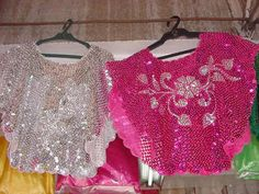 Kimonos that r awesome Barong Tagalog For Women, Barot Saya, Philippines Culture, Tribal Costume, Filipiniana, Crazy Hats, Barbie Clothes, Filipino, Dance Costumes