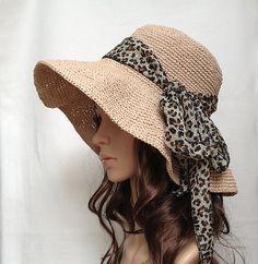 Love the big floppy hat for summer. Ravelry: Crocheted raffia hat pattern by Shirley Zhu Crochet Adult Hat, Crochet Summer Hats, Crochet Cap, Sombrero A Crochet, Raffia Hat, Scarf Hat, Fedora Hat, Cotton Hat, Crochet Woman