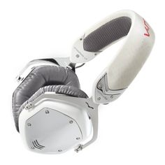 V-Moda Crossfade LP Over-Ear Noise-Isolating Metal Headphone (White Pearl), Pearl White Best Studio Headphones, Best Over Ear Headphones, Cheap Headphones, Best Noise Cancelling Headphones, White Headphones, Sports Headphones, Black Headband, Pearl Headband, Necklaces
