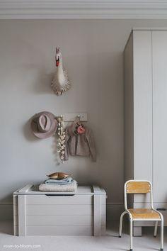 SOMETHING BEAUTIFUL: Charming Girl's Room