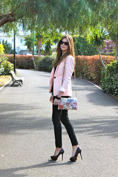 Shop this look on Kaleidoscope (bag, blazer, top, pants, sunglasses, bangle, shoes)  http://kalei.do/VtG7gQsWoeCFXTPg