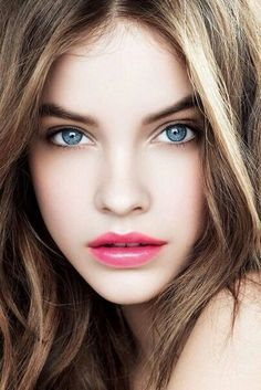 Barbara Palvin. Effortless, gorgeous makeup.