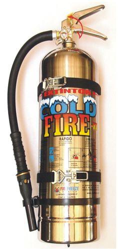 Este extintor no caduca nunca: Cold Fire  más en: www.singulart.com.mx  El Mejor del Mundo   #coldfire #cold fire #fuego #fire #incendio #bombero #fireman #extinguidor #firefighters #matafuego #extinguisher #extintor #elmejor #singulart #emergencia #seguridad #no caduca