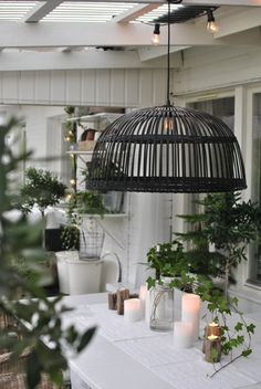 Fresh plants and green Outdoor Rooms, Outdoor Living, Exterior Design, Interior And Exterior, Basket Lighting, Outside Room, Green Home Decor, Interior Plants, Small Places