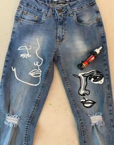 Painted Jeans, Painted Clothes, Diy Clothes Paint, Painted Denim Jacket, Diy Clothing, Custom Clothes, Customised Clothes, Diy Fashion, Fashion Outfits