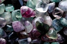 HOW TO CLEAN, CLEANSE, CHARGE, ACTIVATE AND PROGRAM YOUR CRYSTAL