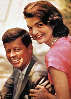 http://en.wikipedia.org/wiki/Jacqueline_Kennedy_Onassis   Mrs. Kennedy at the White House in 1961 First Lady of the United States In office January 20, 1961 – November 22, 1963 So Beauty Couple ......Awesome    http://en.wikipedia.org/wiki/John_F._Kennedy