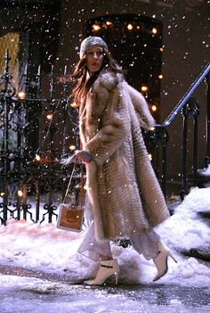 Carrie is going to Miranda, at the new year night...Actually I do not acknowledge that she's wearing fur coat, but nevertheless I like her