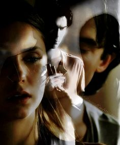 Damon and Elena. Vampire Diaries.