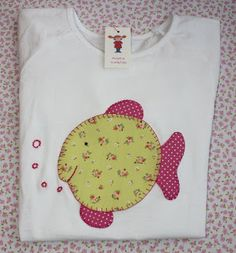 maria pigtails: FISH TEE. € 18