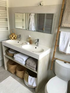 The bathroom isn't merely a location for regular and formal uses. When you remodel your bathroom it is quite important to have a look at a number of t. Bathroom Renovations, Home Remodeling, Country Bedding, Shower Remodel, River House, Guest Bath, Beautiful Bathrooms, Decoration, Home Furnishings
