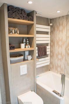 Wooninterieur Lavoir: Binnenkijken >> Badkamer met ons behang van Wall ...