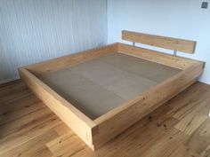 ❖ Massivholzbett    F L E C K I    Bettgestell für Wasserbett / Balkenbett ❖