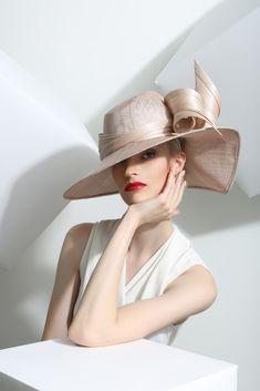 Philip Treacy London | Buntal Wave | Powder and Wide Brim Hats | LOVEHATS.COM