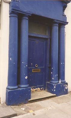"""Notting Hill"" House for Sale #blue-door  ♡___________________ @ItalyHeart"