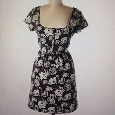 """Free People Dress Causal dress. Gently used. No stains or rips. Chest 15"""", length 23"""". Free People Dresses Mini"""