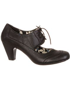 27ea29376d328 1940s Style Shoes Coal Mill Lace-Up Wingtip Maryjanes $42.00 AT  vintagedancer.com 1930s