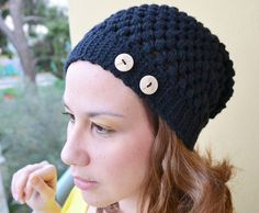 Crochet slouchy hat in black with wooden buttons
