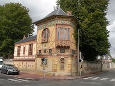 GREBER Charles (1853-1935), Ceramist et Fidélie BORDEZ, architect, Bordez-Greber House, Mouy (Oise), France