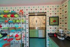 1940s style kitchen with Fiesta Ware and Bradbury wallpaper