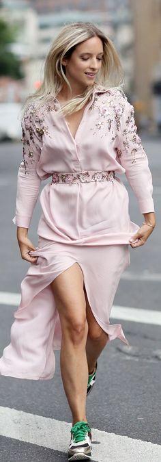Thefashioguitar Pink Embellished Maxi Tunic Dress