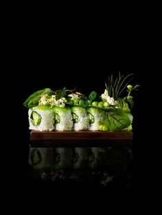 Maki Sushi - picture by Bohman + Sjöstrand Food Design, Arte Do Sushi, Sushi Art, Chefs, Food Porn, Molecular Gastronomy, Creative Food, Food Presentation, Food Plating