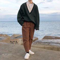 urban mens fashion which is cool urban mens fashion which is cool outfits With Boots outfits Streetwear outfits fall outfits Preppy outfits spring Vintage Outfits, Retro Outfits, Mode Outfits, Casual Outfits, Fashion Outfits, Fashion Clothes, Fashion Shorts, Men Casual, Denim Outfits